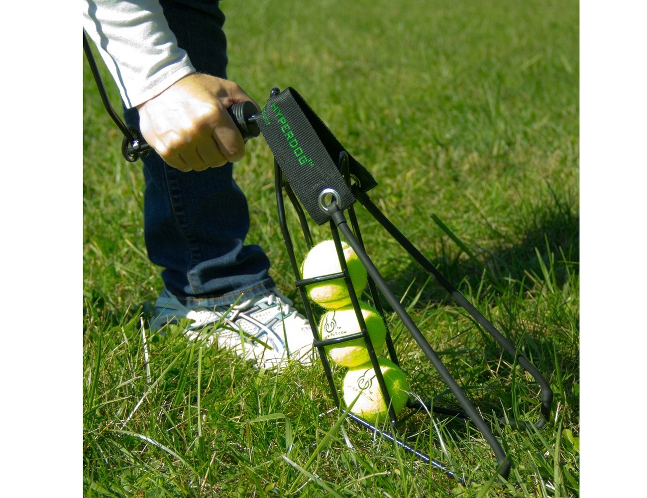 hyper-dog-ball-launcher-3