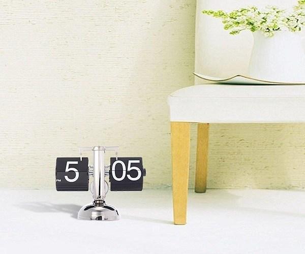 retro-flip-down-clock-1