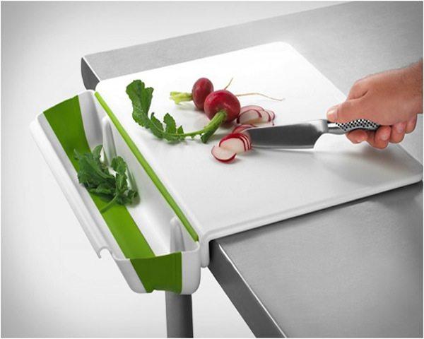 cutting-board-with-collapsible-bin-5