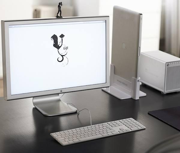 Clean Up Your Desktop With Henge Docks