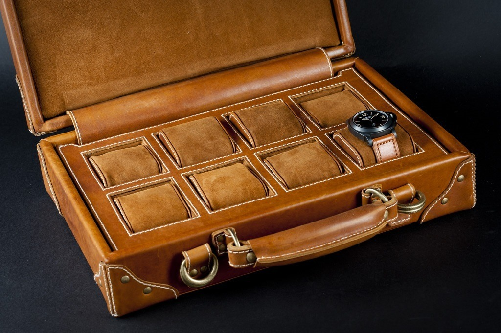 Special Edition Watch Case by Zeugma Straps