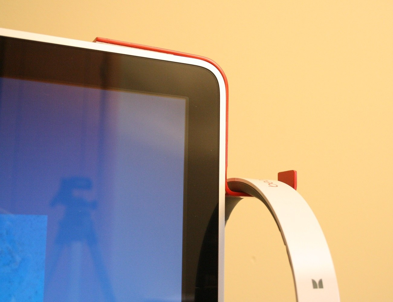 iMac Stand For Headphones By Kancha