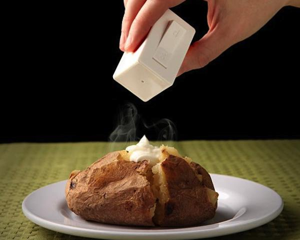 Switch Salt and Pepper Shaker