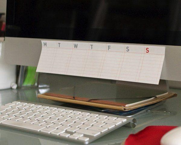 Stick-Up Weekly Calendar