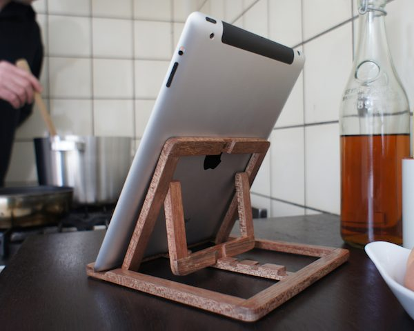 ipad-stand-by-ooms-4