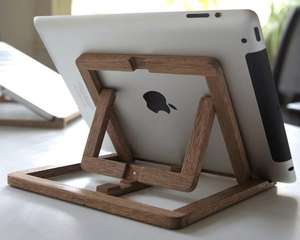iPad Stand By Ooms
