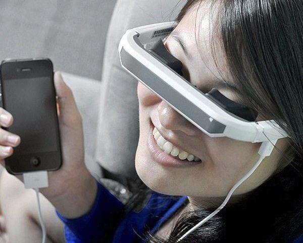 iphone-video-glasses-virtual-screen