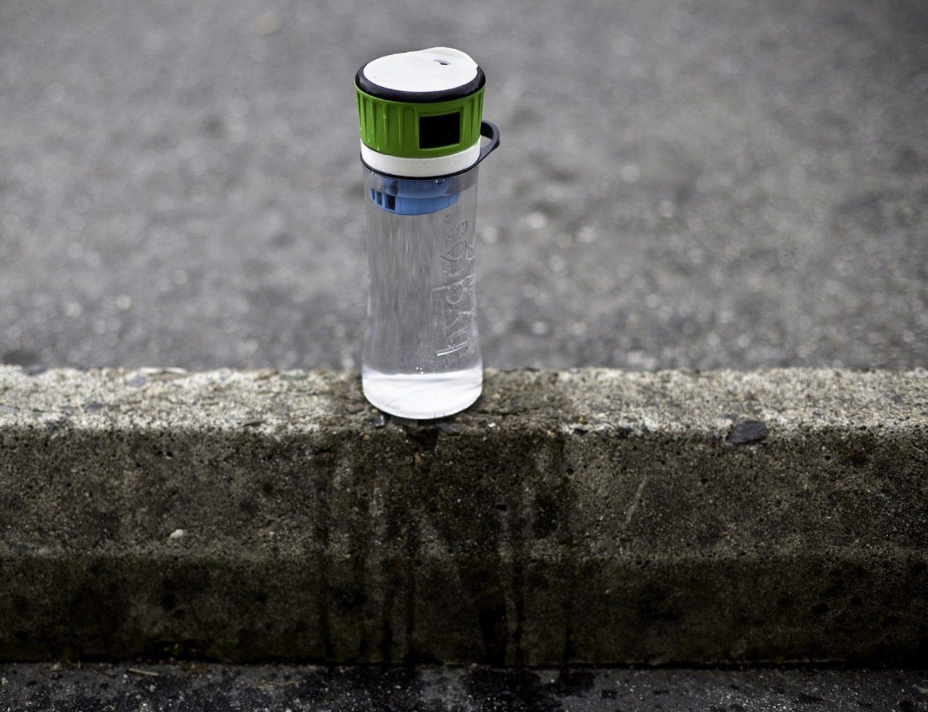 Hydros Filtering Water Bottle