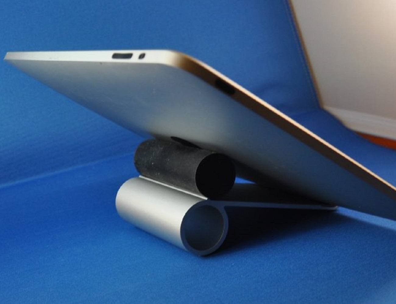 Just Mobile Slide iPad Stand