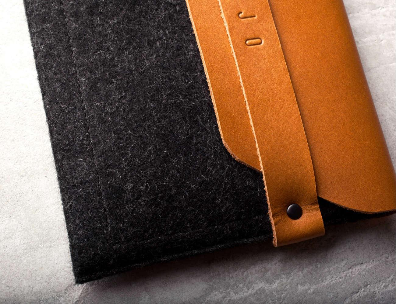 iPad Mini Sleeve Brown By Mujjo