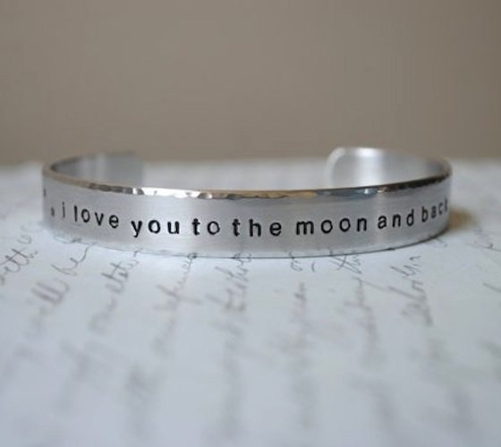i-love-you-to-the-moon-and-back-bracelet-3