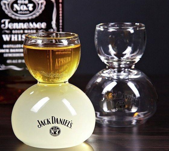 Jack+Daniel%26%238217%3Bs+Whiskey+On+Water+Glasses
