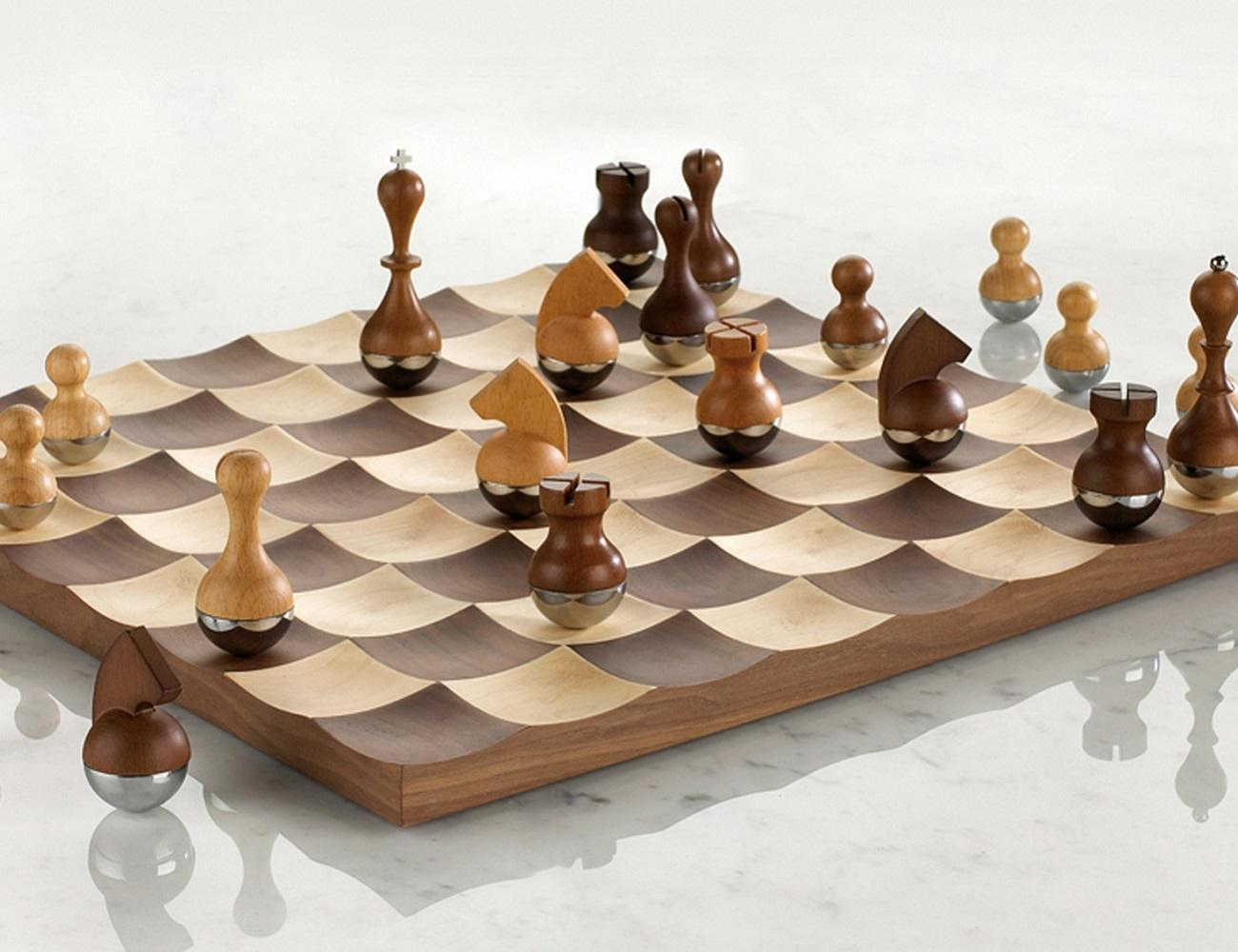 Wobble+Chess+Set+By+Umbra
