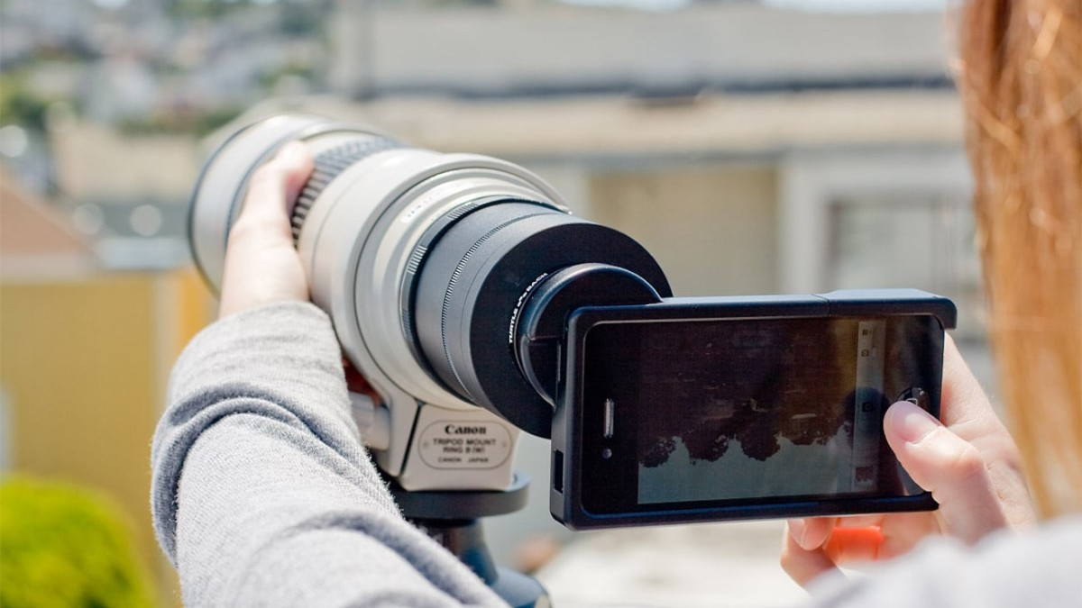 iPhone SLR Mount by Photojojo Smartphone Lens Adapter seriously upgrades your photo quality