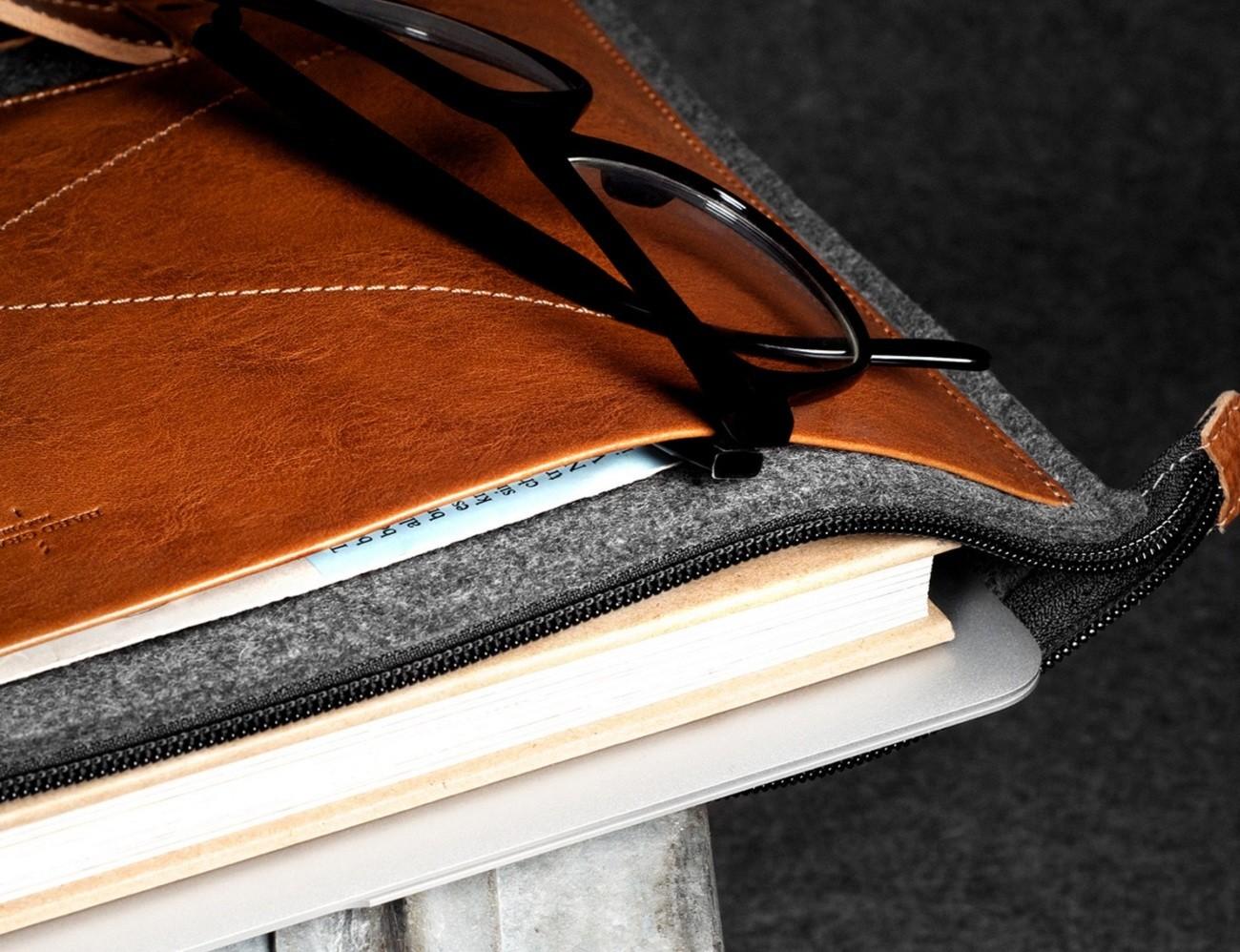 Grab Laptop Folio By Hard Graft
