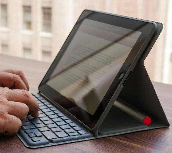 Logitech Solar Keyboard Folio for iPad 2 and iPad