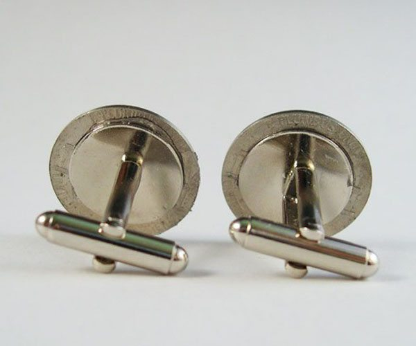 secret-compartment-cufflinks-02