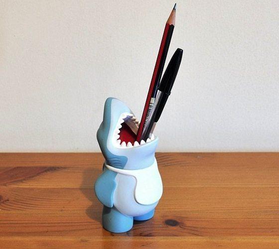 Suck+UK+Chums+Shark+Pencil+Pot