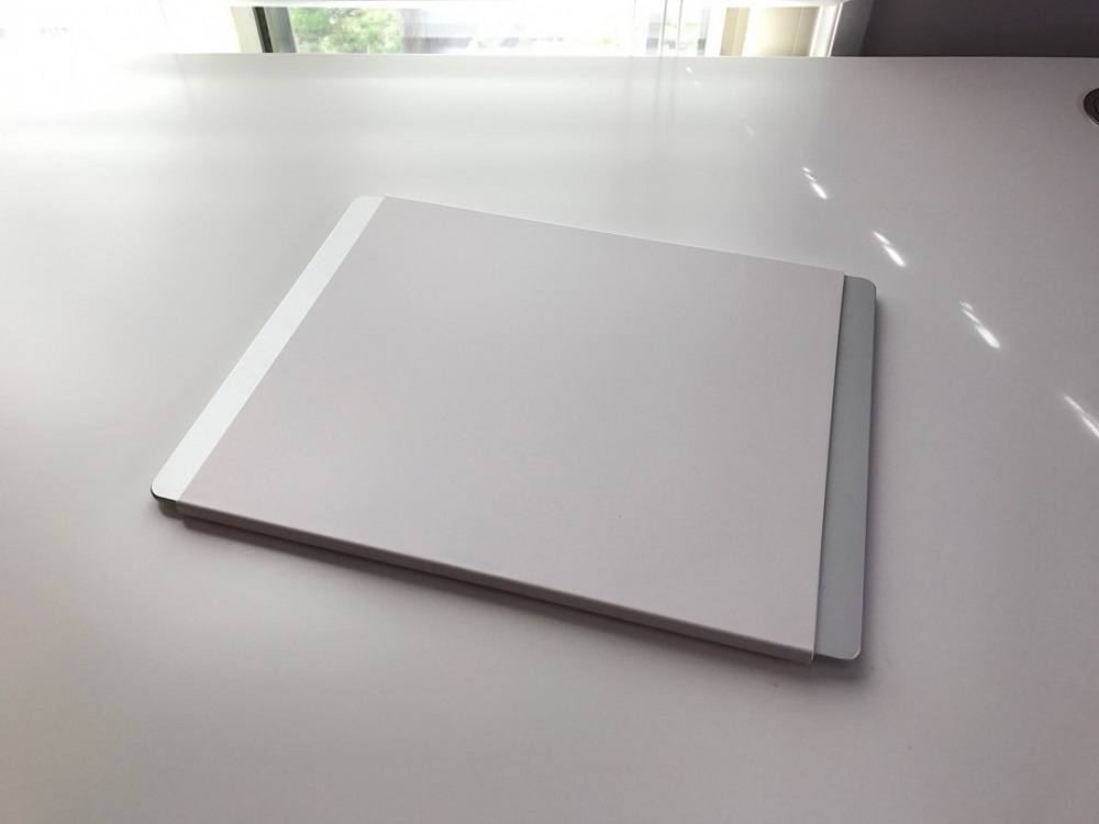 Alupad: Mouse Pad With Anodized Aluminium Surface