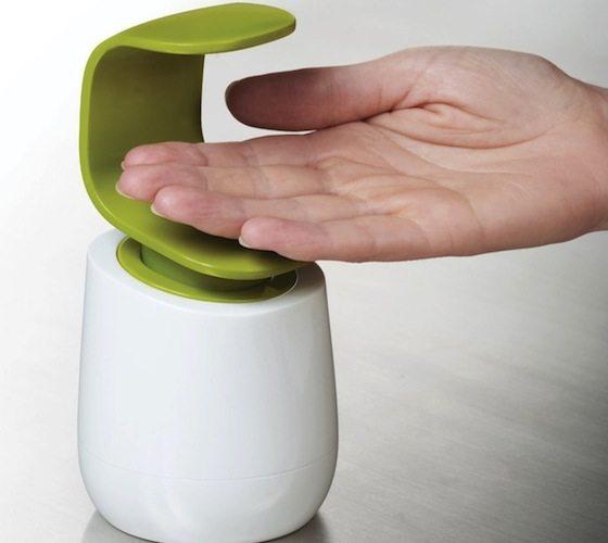 C-Pump – Single-Handed Soap Dispenser by Joseph Joseph