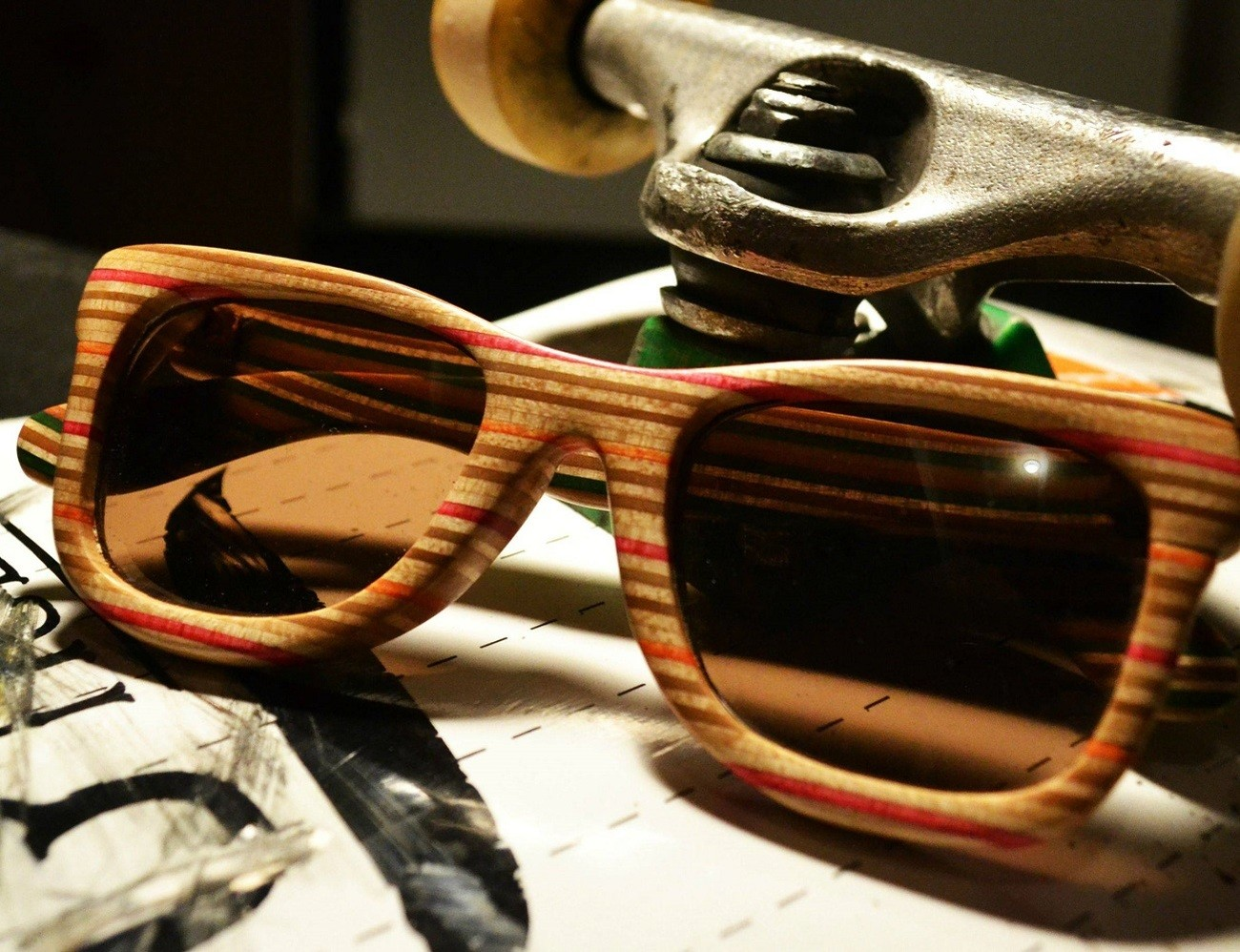 Canby+Shades%3A+Sunglasses+Made+Of+Broken+Skateboard+Deck