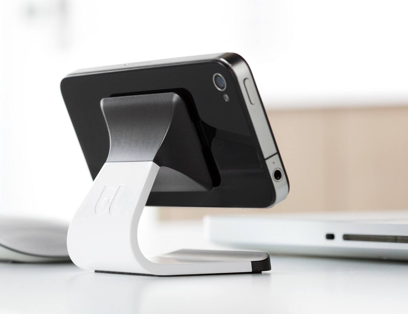 Milo Stand – For Most Smartphones by BlueLounge
