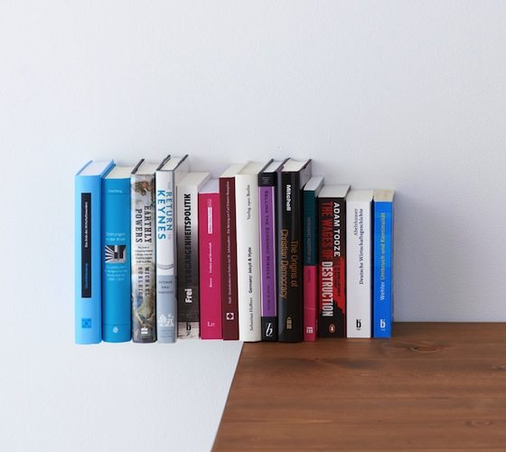 Extend Bookend – Place Your Books in Air