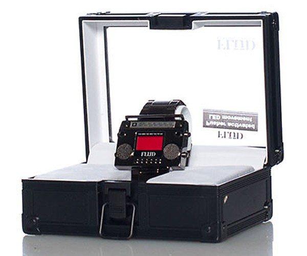 boombox-wristwatch-01