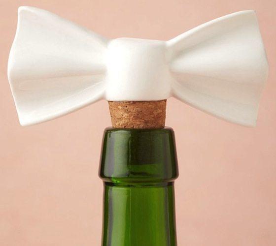 Dapper – White Bowtie Shaped Bottle Stopper