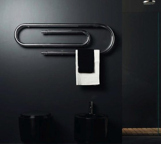 Graffe Hydronic Towel Warmer by Scirocco