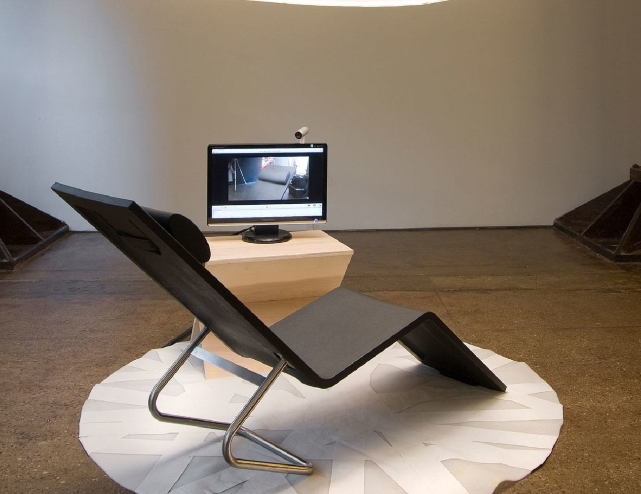 MVS Chaise – Comfortable Recliner By Vitra