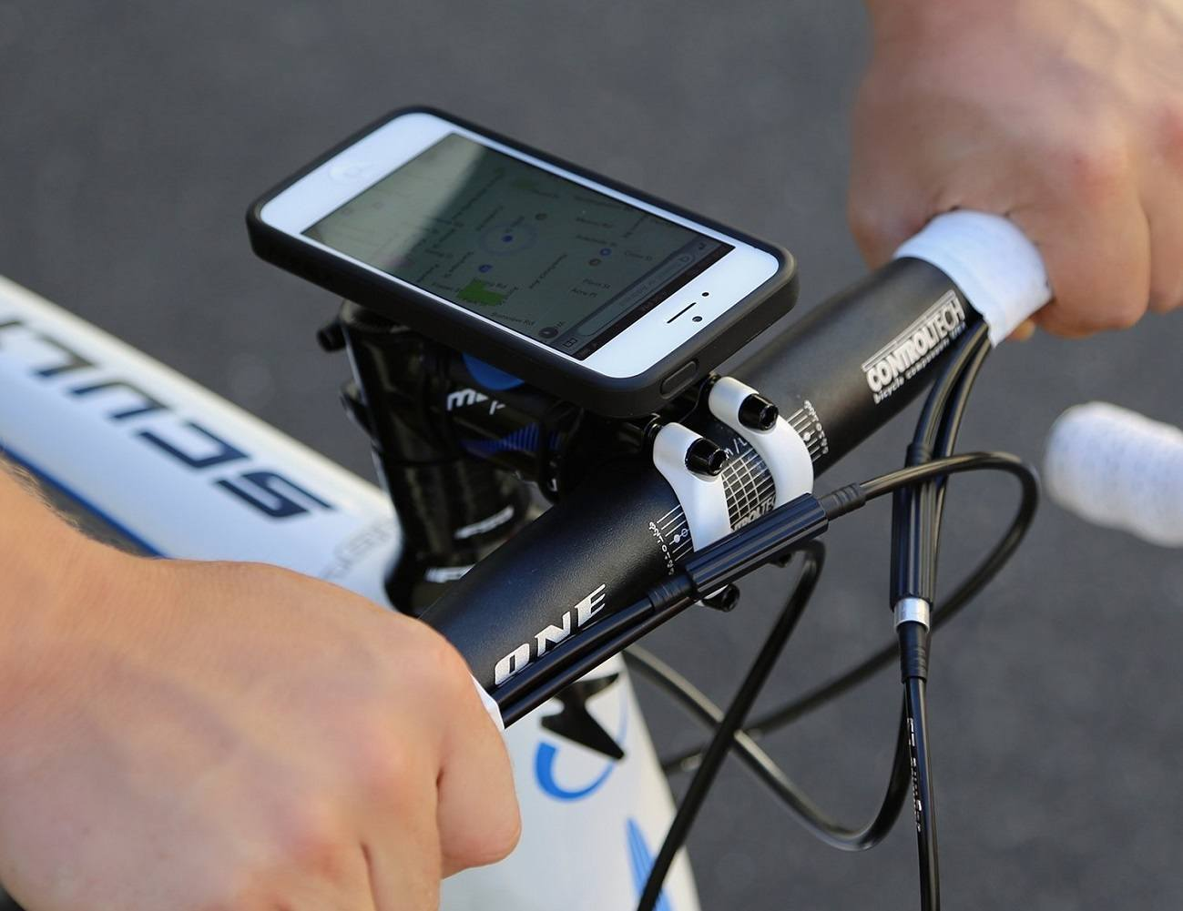 Quad Lock – iPhone 5 Bike Mount Kit