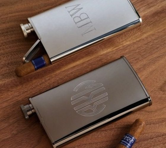 Stainless+Steel+Flask+And+Cigar+Holder