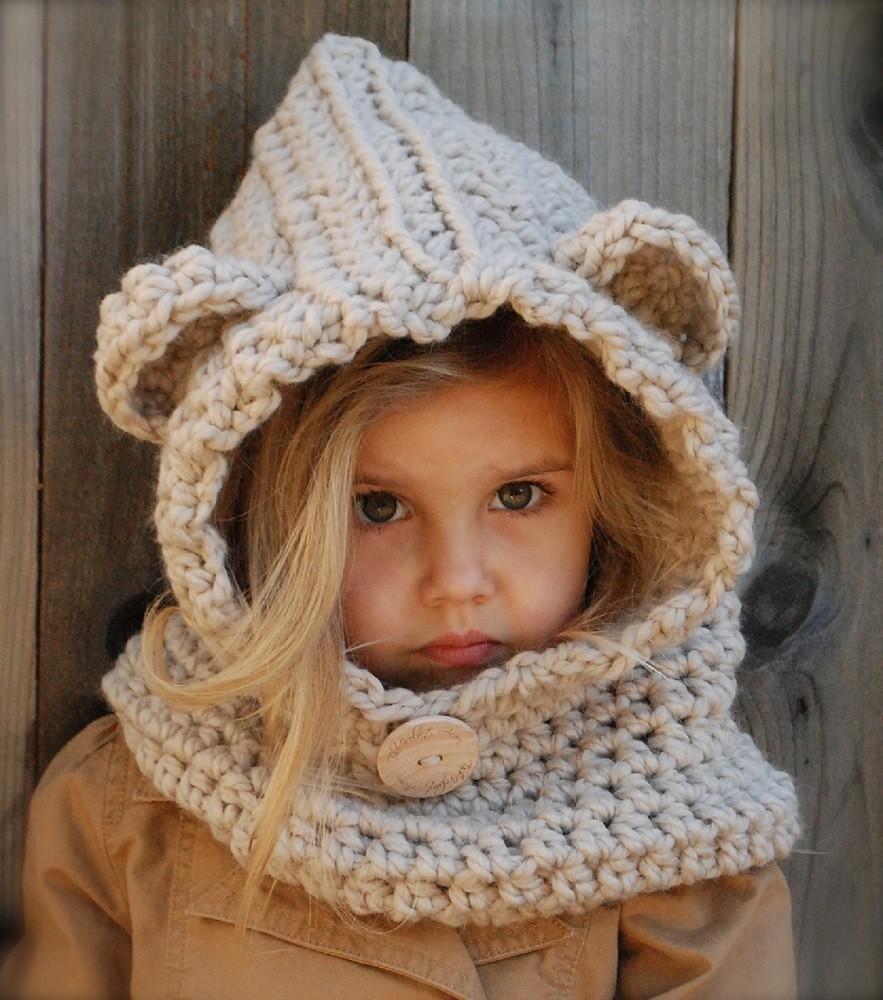 The Burton Bear Cowl Knitting Pattern   Gadget Flow
