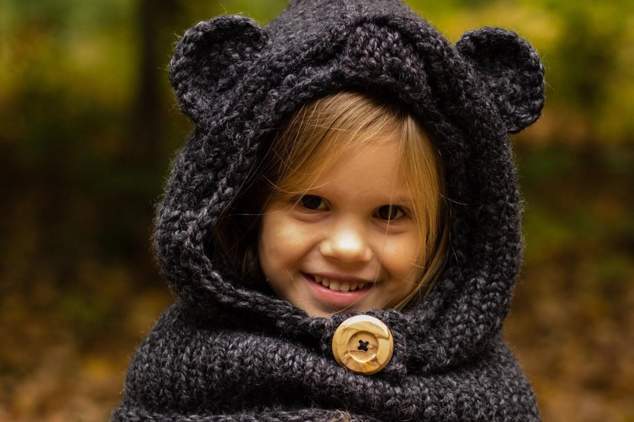 The Burton Bear Cowl Knitting Pattern