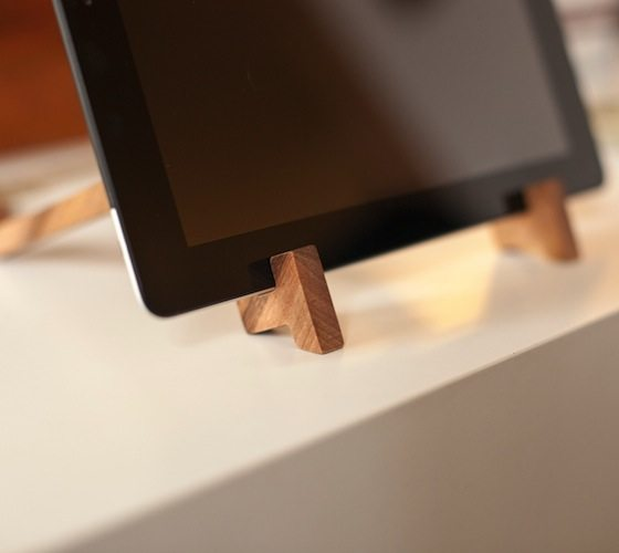 iPad Wooden Stand – Made of Spanish Walnut Wood