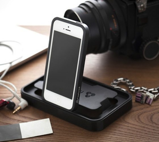 Aluminum Case For iPhone SE/5s with Reusable Dock Packaging