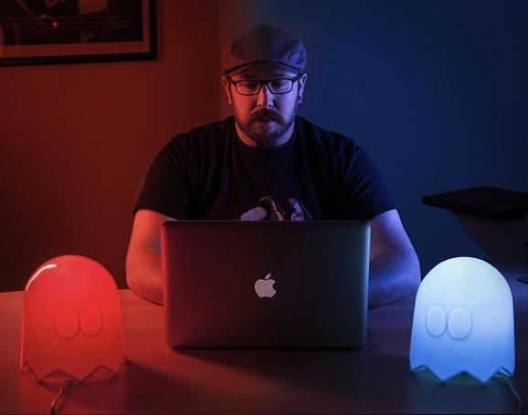 Pac-Man+Multi-Color+Ghost+Lamp