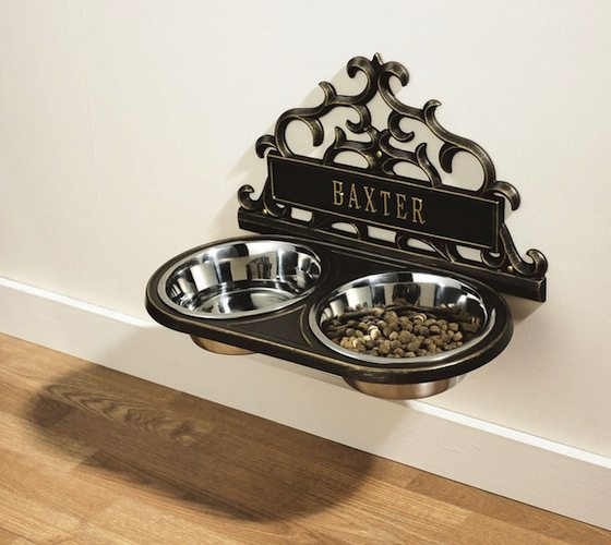 Personalized+Wall-Mount+Pet+Feeder
