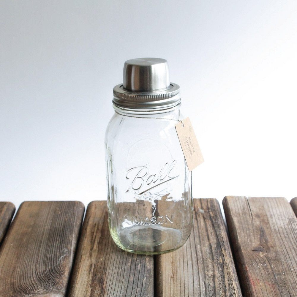 The Mason Jar Cocktail Shaker