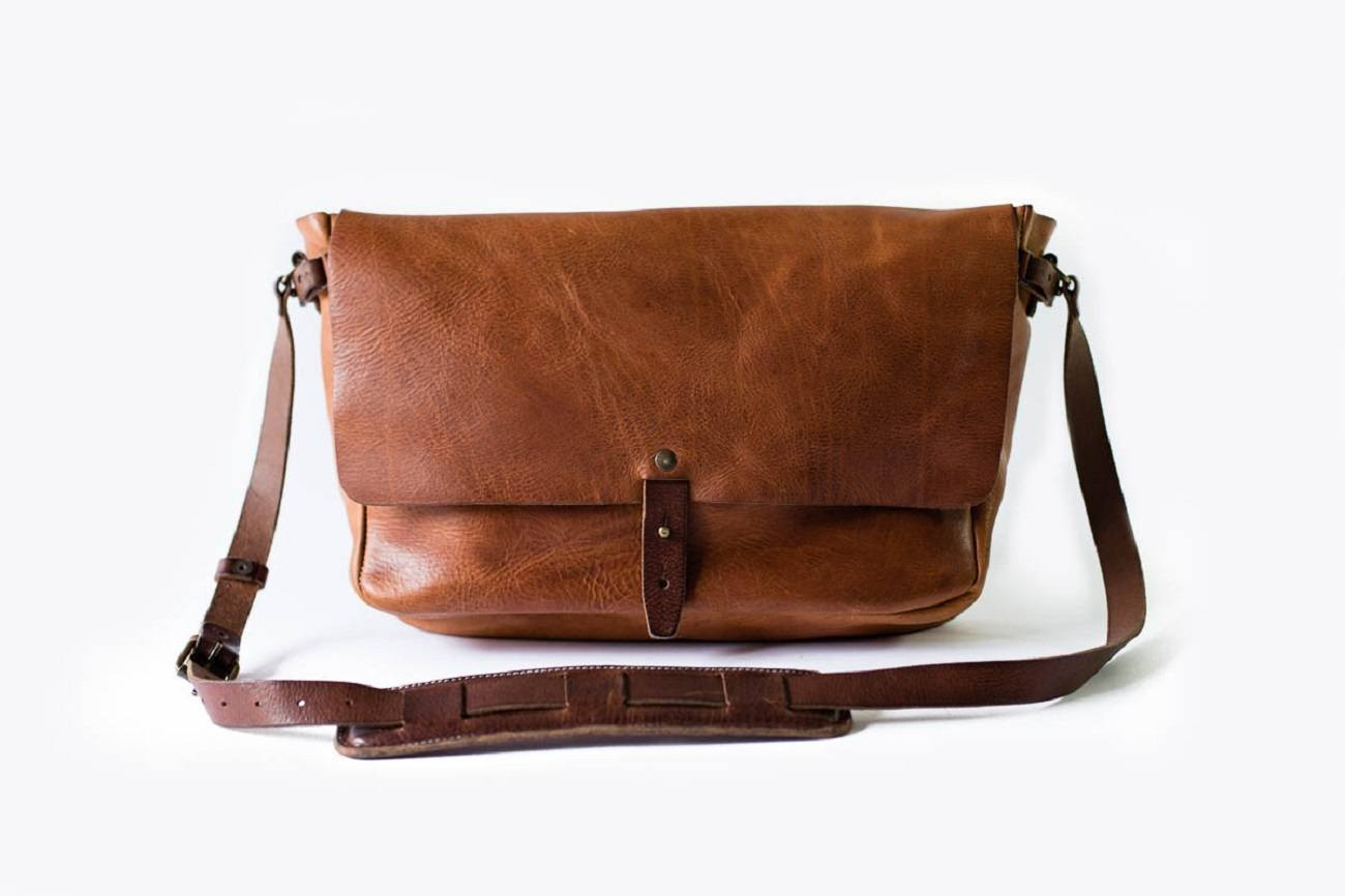 The Vintage Messenger Bag » Gadget Flow