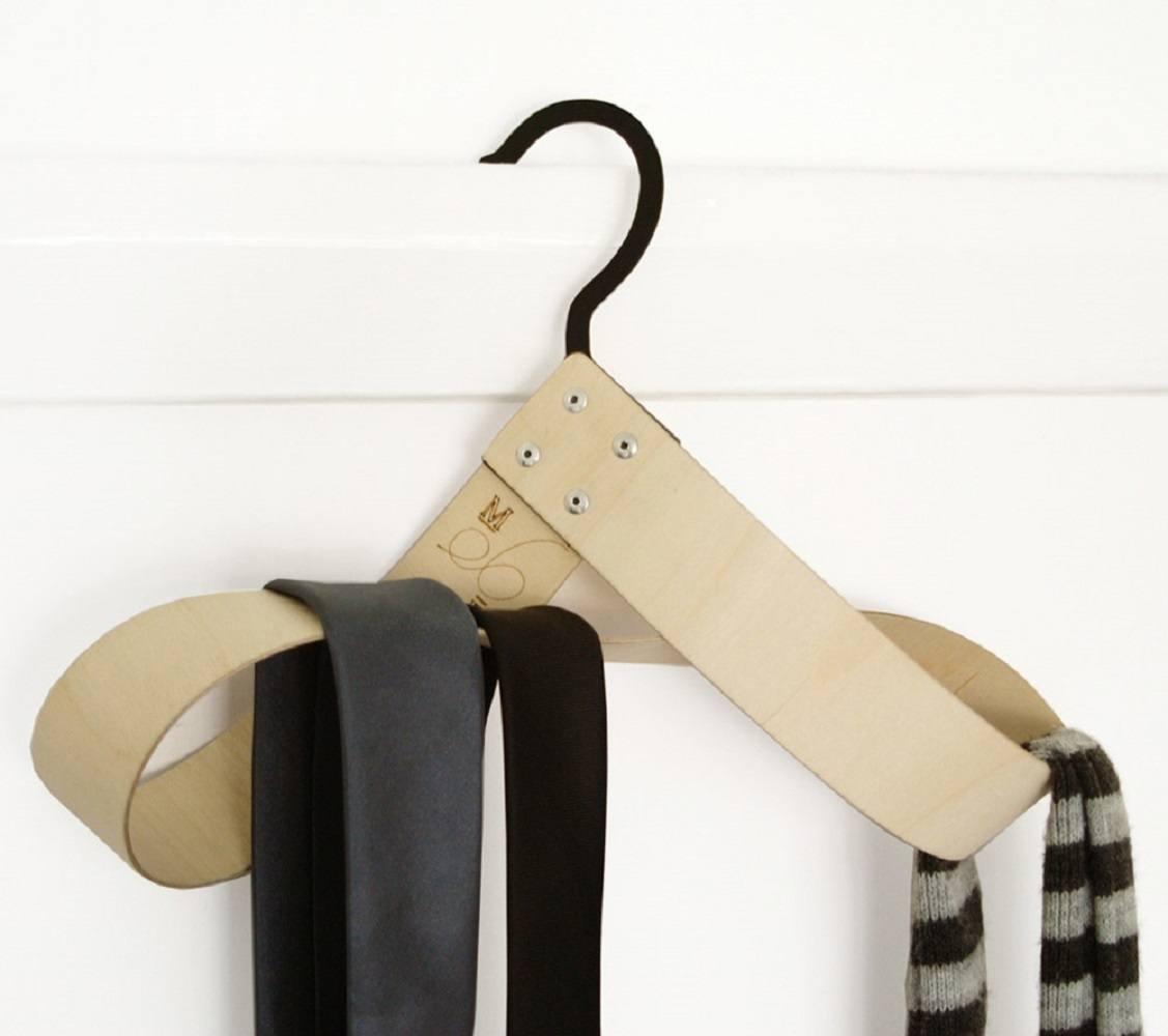 Mobe Accessories Hanger