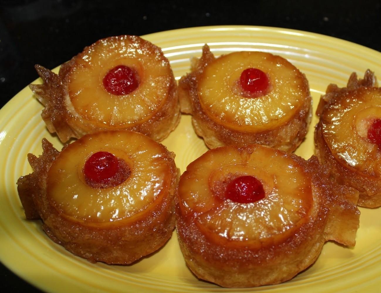 Pineapple Cupcake Pan