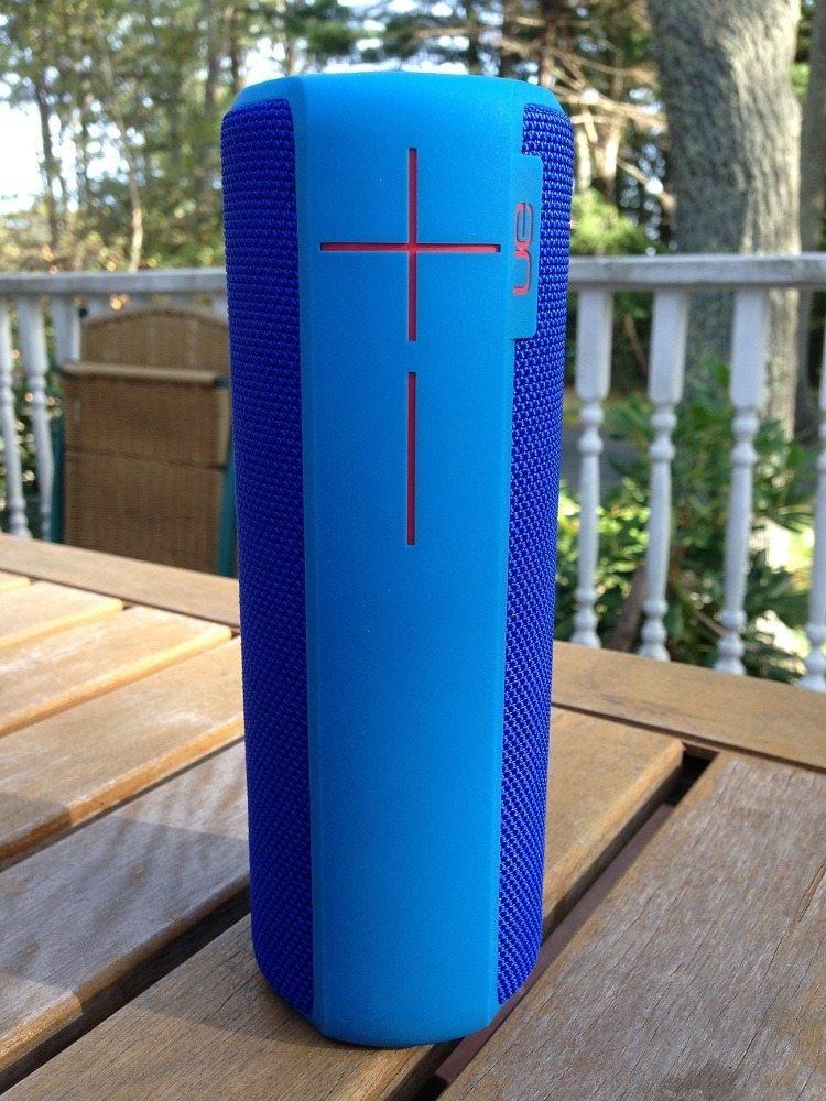 Ue boom 2 wireless bluetooth speaker gadget flow for Interieur ue boom 2