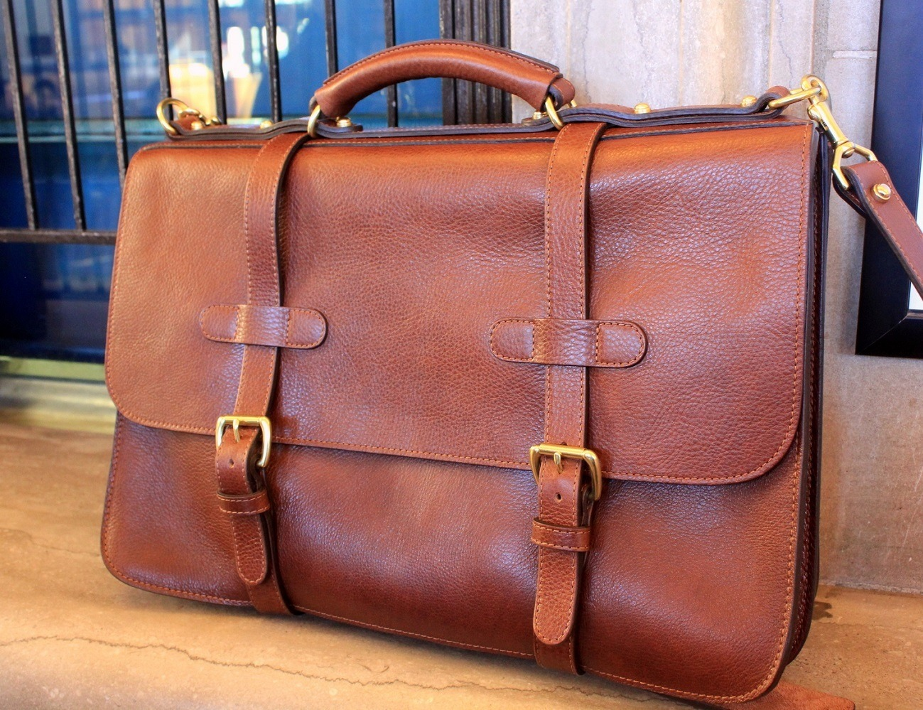 d061dfe55e English Leather Briefcase By Lotuff » Gadget Flow