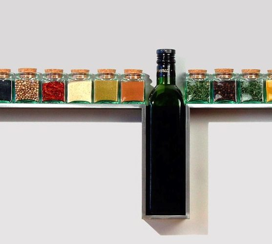 One Line Spice Rack