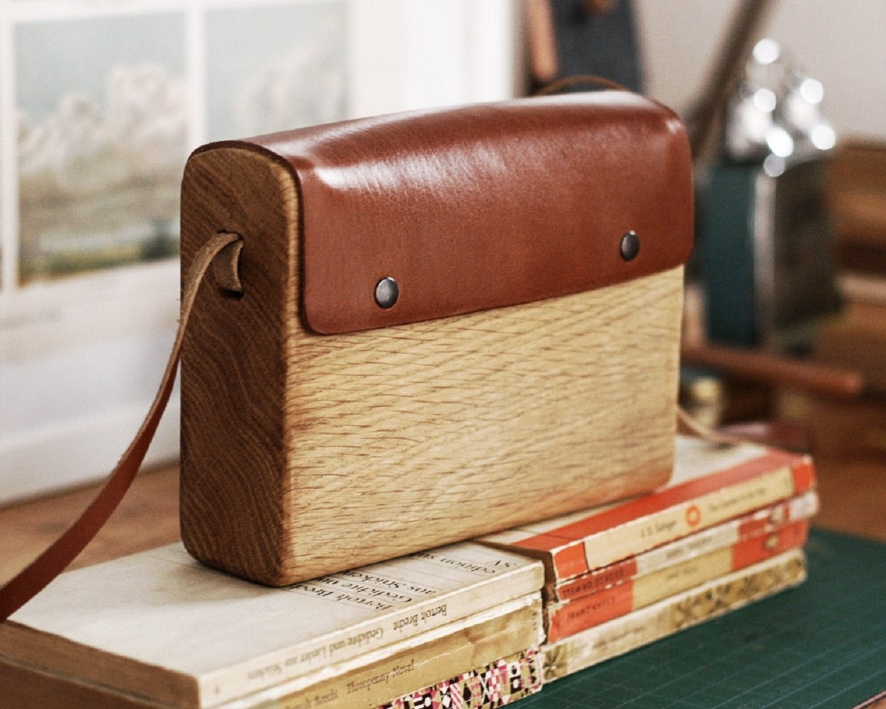 Oak Wood Bag by Haydanhuya
