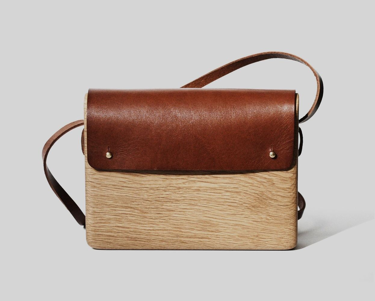Oak Wood Bag by Haydanhuya