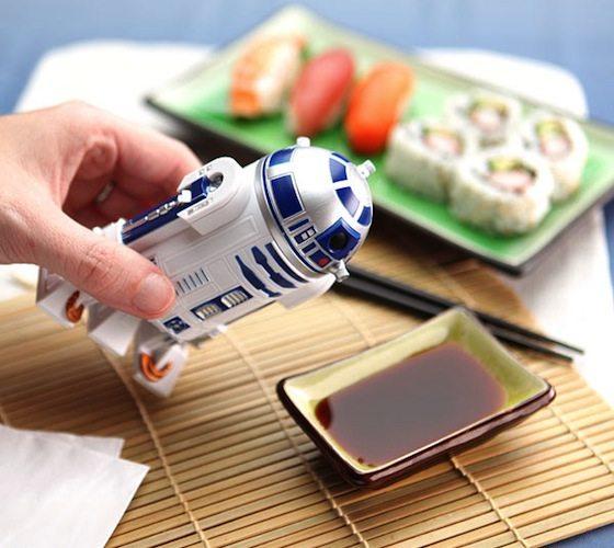 r2-d2-soy-sauce-dispenser