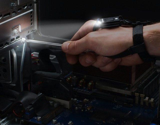 Swiss+Tech Hand Mount Tool Light